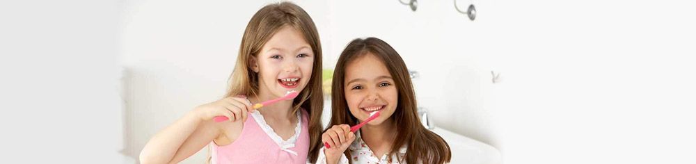 Tips to Get Your Kids to Brush Their Teeth